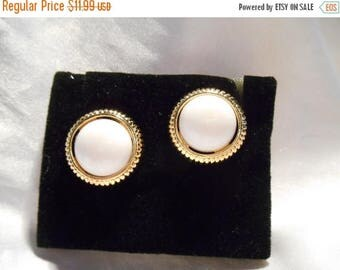 50% Off Sale Avon Black and White Convertible Pierced Earrings