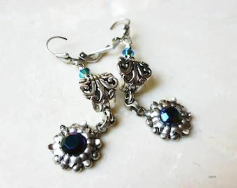 Earrings - Daisy Dangle