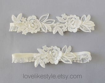 Wedding Garter Set, Ivory Embroidery Flower with Ruffle Elastic Garter Set,Ivory Garter Set, Prom  Garter Belt / GT-34A