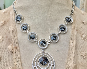 Lovely Necklace Set with Smoky Crystals