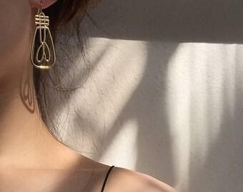 ON SALE Fun long dangle light bulb shape earrings