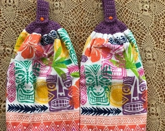 Tiki crochet hanging hand towel set.