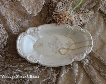 Fleur de lis Champagne Cream Metallic Oval Serving Dish Tray Vintage Romantic Wedding Shower French Country Shabby Chic Cottage Style