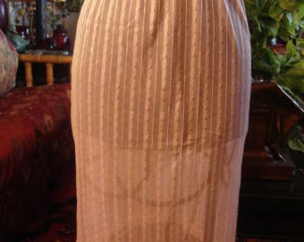 Vintage Delicate Lace Fashion Half Slip