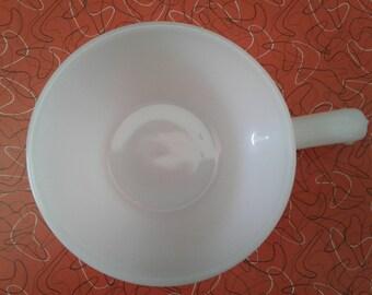 Small Vintage White Anchor Hocking FireKing Bowl