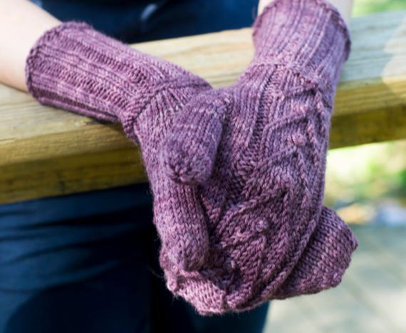 Smitten Mittens, Knitting Pattern / Mitten Pattern / Dk Weight Mitten Knitting Pattern