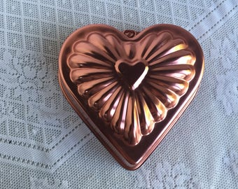 Vintage Copper Mold / Metal Heart Shaped Jello Mold / Copper Bakeware