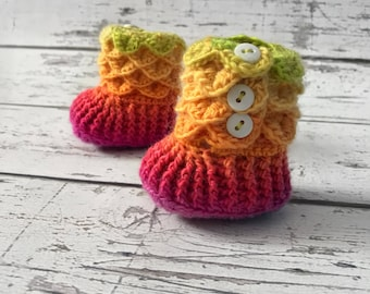 0-6 Month Baby Booties, Rainbow Slipper Boots, Crochet Crocodile Rainbow Boots, Ready To Ship