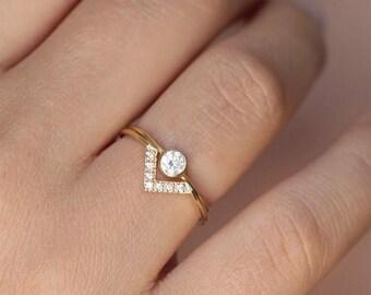 ON SALE Simple Wedding Ring Set, Bespoke Engagement Ring, Minimalist Wedding Ring Set, Dainty Diamond Ring Set, V Ring, 0.2 Carat Diamond Ri