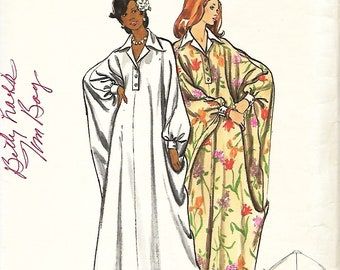 Butterick 3134 Misses Button Front, Full Sleeved Caftan Sewing Pattern, Kaftan, Size Small, UNCUT