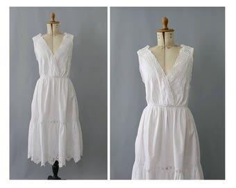 Antique french Night Gown white cotton eyelets / 1900s cotton Gown/ edwardian