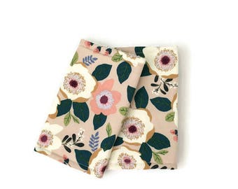Suckpads for the Baby carrier / Babywearing / droolpads / strapcovers / Teethingpads / floral suckpads