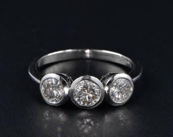 Appealing 1.50 Ct diamond vintage trilogy ring