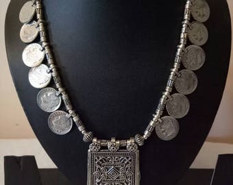 Indian Jewellry,     thread necklace , bollywood necklace,  adjustable Indian necklace with oxidised pendant , coin necklace