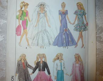 "Vintage Simplicity Pattern 9334 for Wardrobe for 11 1/2"" Dolls Such As Barbie and Maxie"