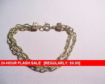 SALE vintage goldtone bracelet, vintage charm bracelet, fashion bracelet