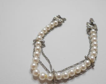 Vintage Goldette Faux Pearl (6mm) Bracelet (8755) With Safety Chain