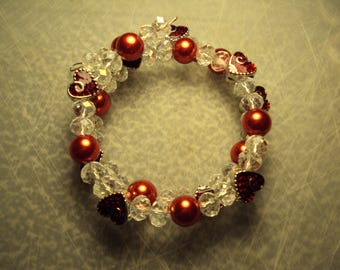 wire wrap bracelet with glass and metal beads