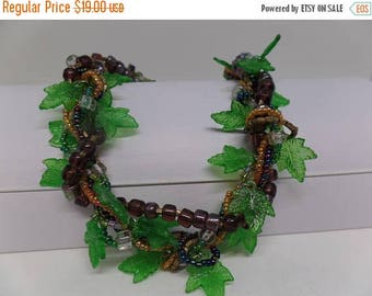 ON SALE Fabulous Vintage Art Glass & Lucite Leaf Necklace