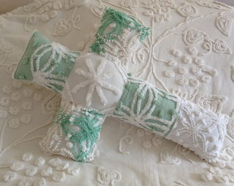 NEW...Pillow Vintage Mint Green and White Cabin Crafts and Morgan Jones Chenille Cross...16 x 22""