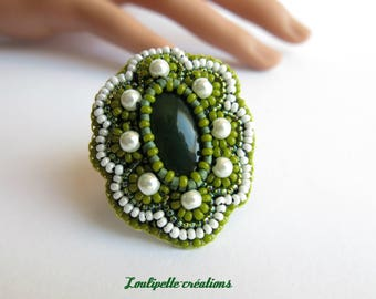Embroidered nephrite jade ring