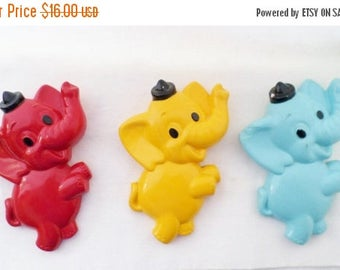 ON SALE Vintage, 1972, Miller Studio Inc. Chalkware, Baby, Dancing, Elephants, Blue, Yellow, Red, Set of 3, Nursery, Kitsch, Retro, Mod, Pla