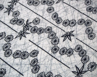Geometric Kiku Sasa Vintage Japanese cotton yuktsa fabric. Vintage kimono fabric