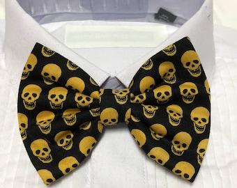 Yellow Gold Skull Spooky Print Bowtie / Bow Tie