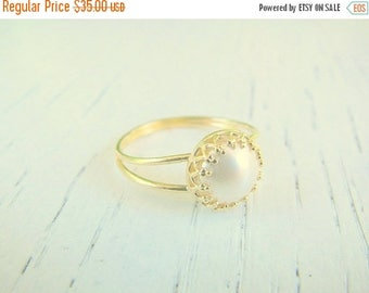 SALE - Pearl ring - Any Size, gold ring, ring,gold pearl ring, swarovski  ring, gold vintage ring, bridal jewelry