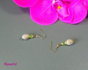 "Pearl Earrings ""Delicate"" fantasy magical ivory and green faceted"