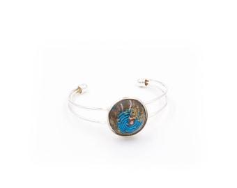 Aura Clearing Metal Bangle Bracelet for Energy Cleansing Bracelet