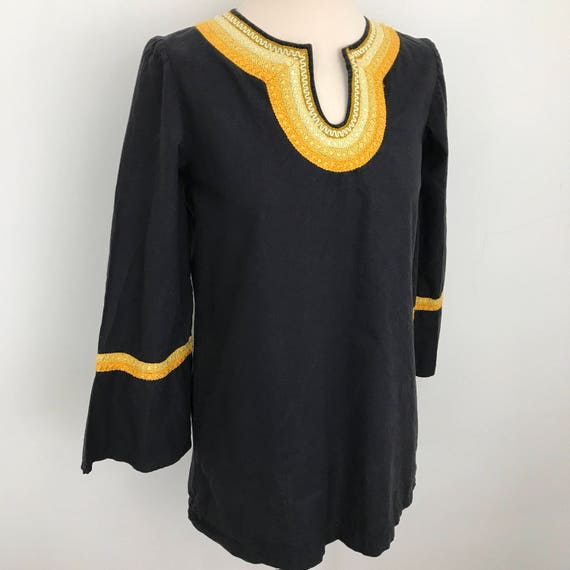1970s Indian cotton shirt longline top tunic kaftan caftan black yellow embroidery flared sleeves hippie boho beach vintage 70s UK 12