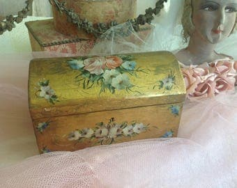 Beautiful vintage hand painted roses and gold wooden boudoir box