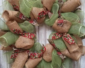 Burlap mistletoe wreath