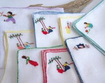 Vintage  Napkins   Cross Stitch   Embroidered  Napkins   Vintage Linens Table Linens - set of 8.