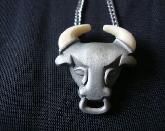 Vintage Avon Bull Necklace Taurus Astrological Signs