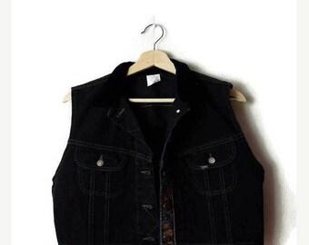 ON SALE Vintage Lee Black  Denim  x Velour collared Sleeveless Blouse/Vest  from 90's*