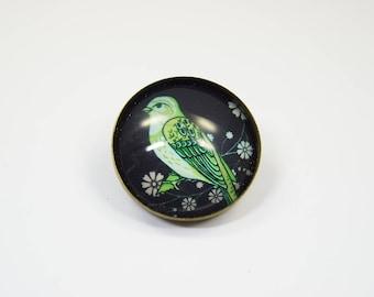 Brooch bird green