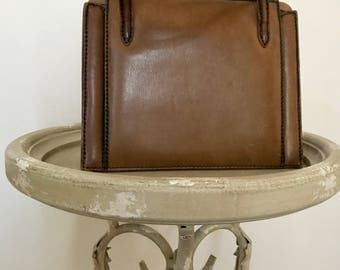 Vintage 1950s Brown Genuine Leather Handbag  / Metal Clasp