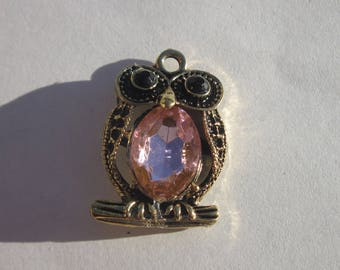 1 pink and gold 27mm OWL charm (6134).