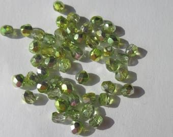50 faceted Czech glass beads mix of green 4mm (PV23-74