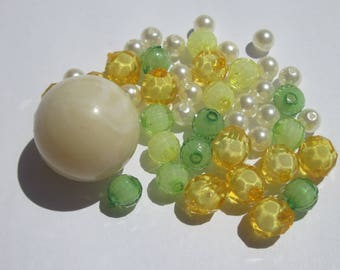 45 acrylic beads of different colors 6-24 mm (PV5)