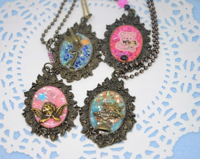 Sweet Medium Pendant Necklaces