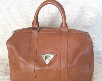 20% SUMMER SALE Genuine vintage Renoma Paris tan pebble leather satchel bag carryall