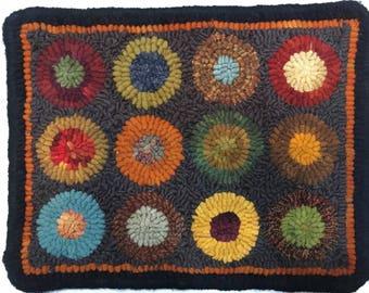 "10""x13""  hand hooked wool rug"
