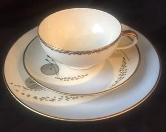 ESCHENBACH TRIO Tea Cup Saucer Luncheon Plate Eames Era modern Bavarian Germany Gs3D-102