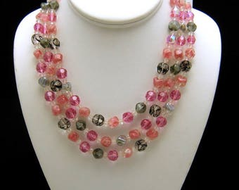 Gorgeous Vintage Signed Hattie Carnegie Pink Black Grey Glass Bead Necklace