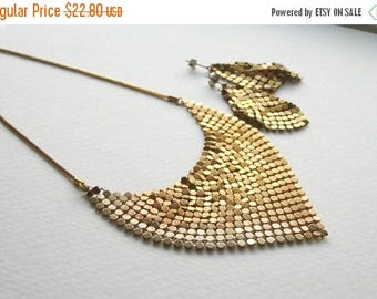 SUMMER SALE Vintage Gold Mesh Necklace and Earrings Set Ombre Gold Mesh Geometric Necklace and Post Earrings Set Gold Toned Short Necklace S