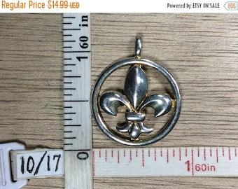 10% OFF 3 day sale Vintage 925 Sterling Silver 2.7g Pendant Fluer De Lis Used