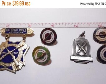10% OFF 3 day sale Lot of Antique Old VIntage 1942 NRA Pins - Used